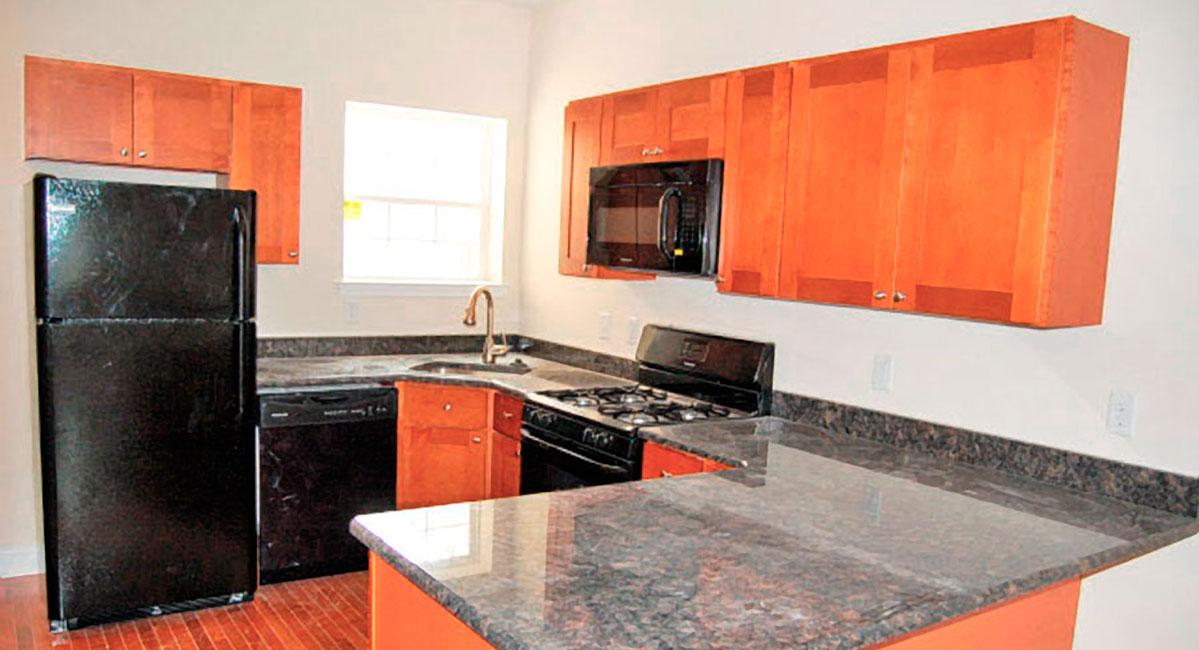 1803 Berks Street Student Apartment – 2nd Floor 5 bedrooms