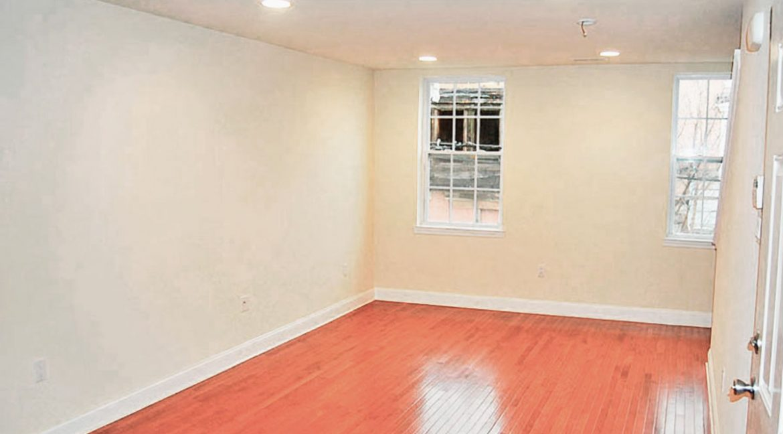 berks-street-temple-u-off-campus-housing-bedroom-1c-1200px